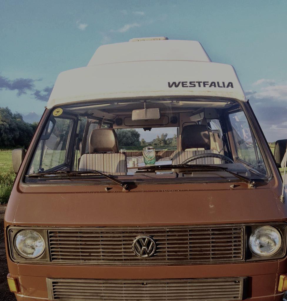 "VW-Bus-T3-Jolly-old-honk-07-976x1024 VW Bus T3 ""Jolly"""